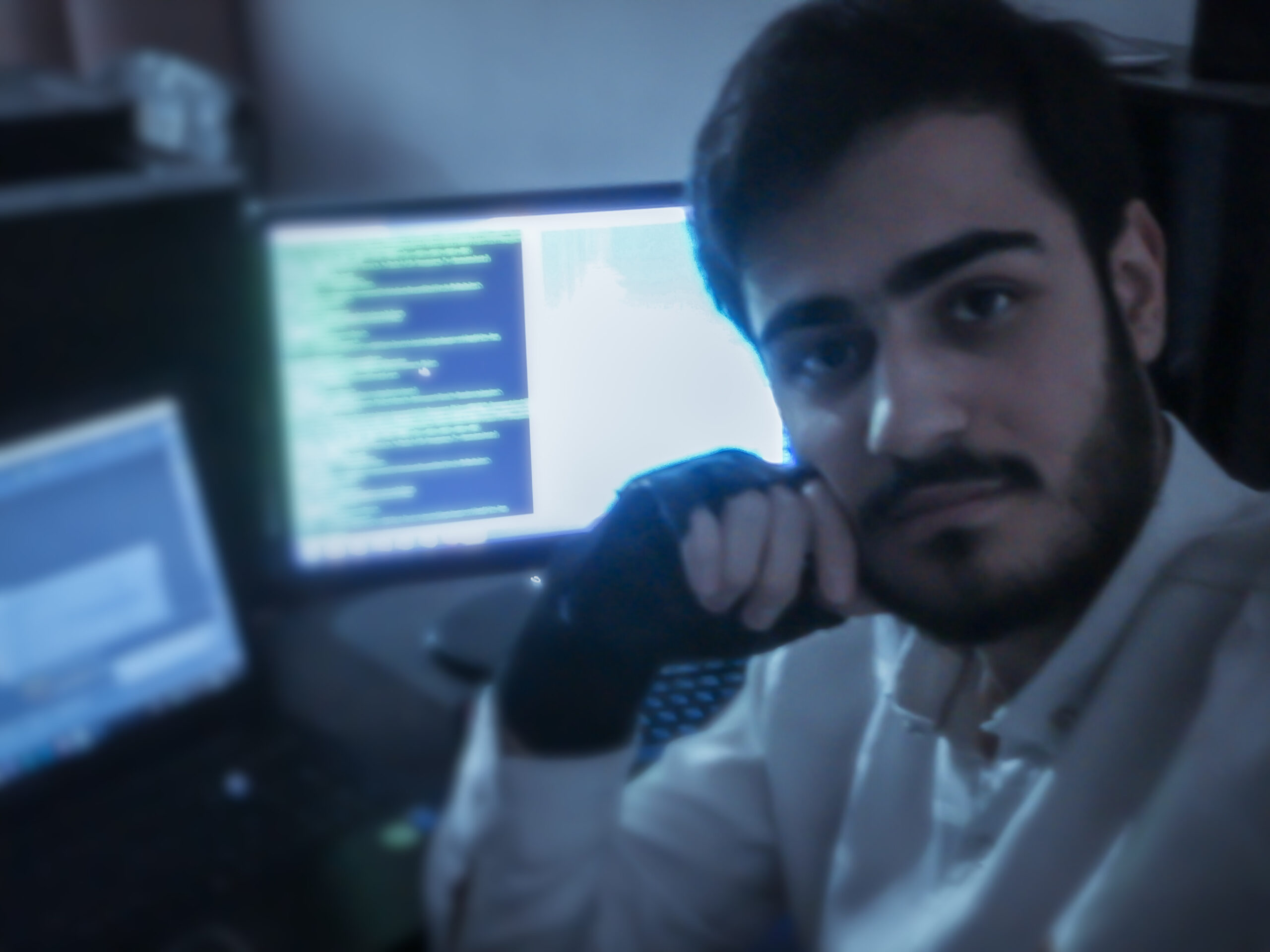 متخصص هک و امنیت | هکر | Hacker | تست نفوذ